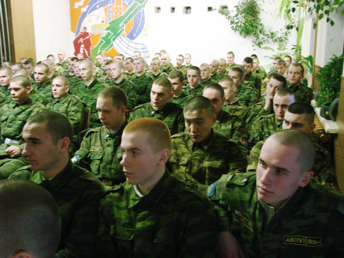 Концерт в воинской части 099
